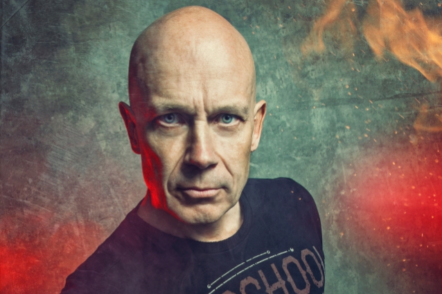 ACCEPT's WOLF HOFFMANN Partners With REVERB To Sell Music Gear Used On Band's Albums And Tours
