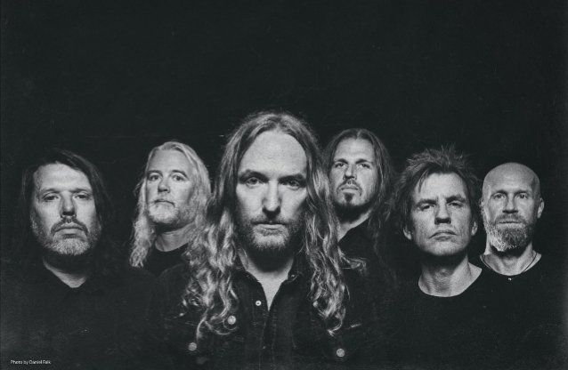 DARK TRANQUILLITY Singer Dismisses IN FLAMES Comparisons: 'We've Gone In Very Different Directions'