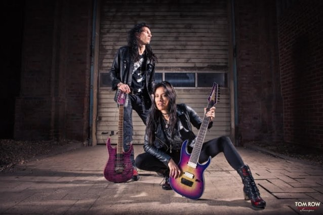 EVANESCENCE's JEN MAJURA Teams Up With ALEN BRENTINI For SOMETHING ON 11 Project