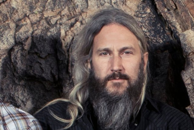 MASTODON's TROY SANDERS: Playing With THIN LIZZY Was 'One Of The Most Special Moments Of My Entire Life'