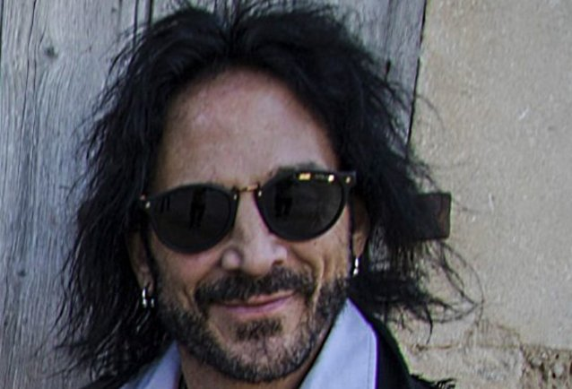 DEEN CASTRONOVO Would Rejoin JOURNEY 'In A Heartbeat'