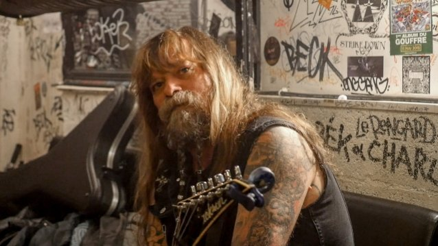 Ex-W.A.S.P. Guitarist CHRIS HOLMES's 'Mean Man' Documentary To Be Released In January