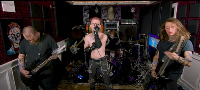 VENDED Feat. COREY TAYLOR's And SHAWN CRAHAN's Sons: Video Of 'Pulse Of The Maggots Fest' Performance